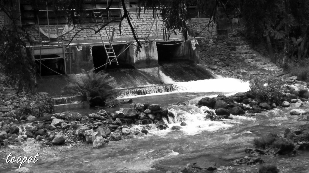 a dam was constructed to  create electricity from the wvterfalls.